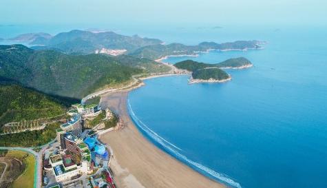东海半边山风景区地处象山县石浦镇东海之滨,它三面环海,形如麒麟